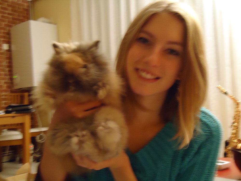 Adoption de Pitchoune, petite lapine angora de 2 mois